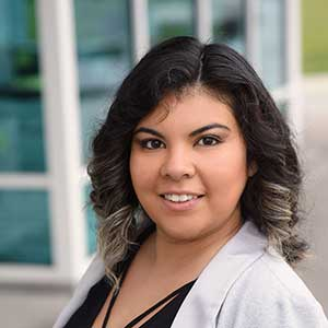 Veronica Montoya headshot